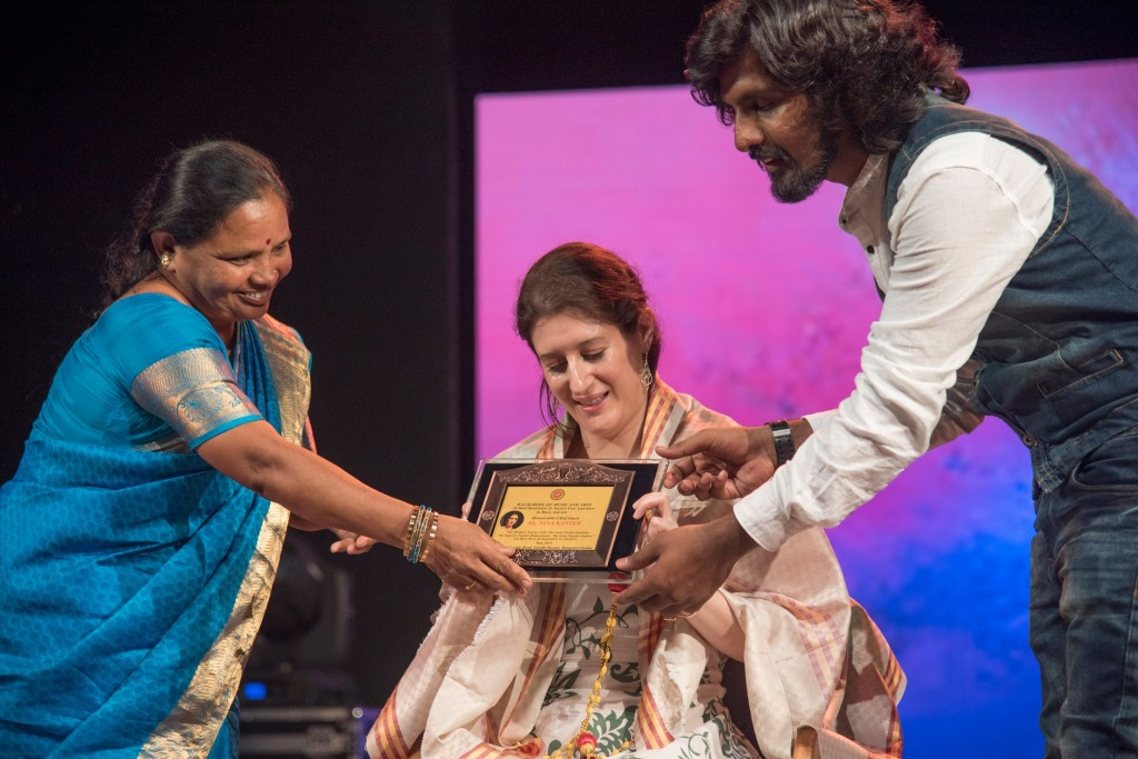 Nina receiving an honorary award for her teaching in India, Raj School of Music and Arts, Bangalore, May 2019